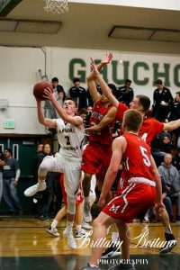 Bennet Kohut goes up strong against Montgomery