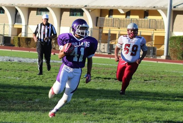 FOOTBALL PREVIEW:  ANALY GOES FOR FOURTH STRAIGHT